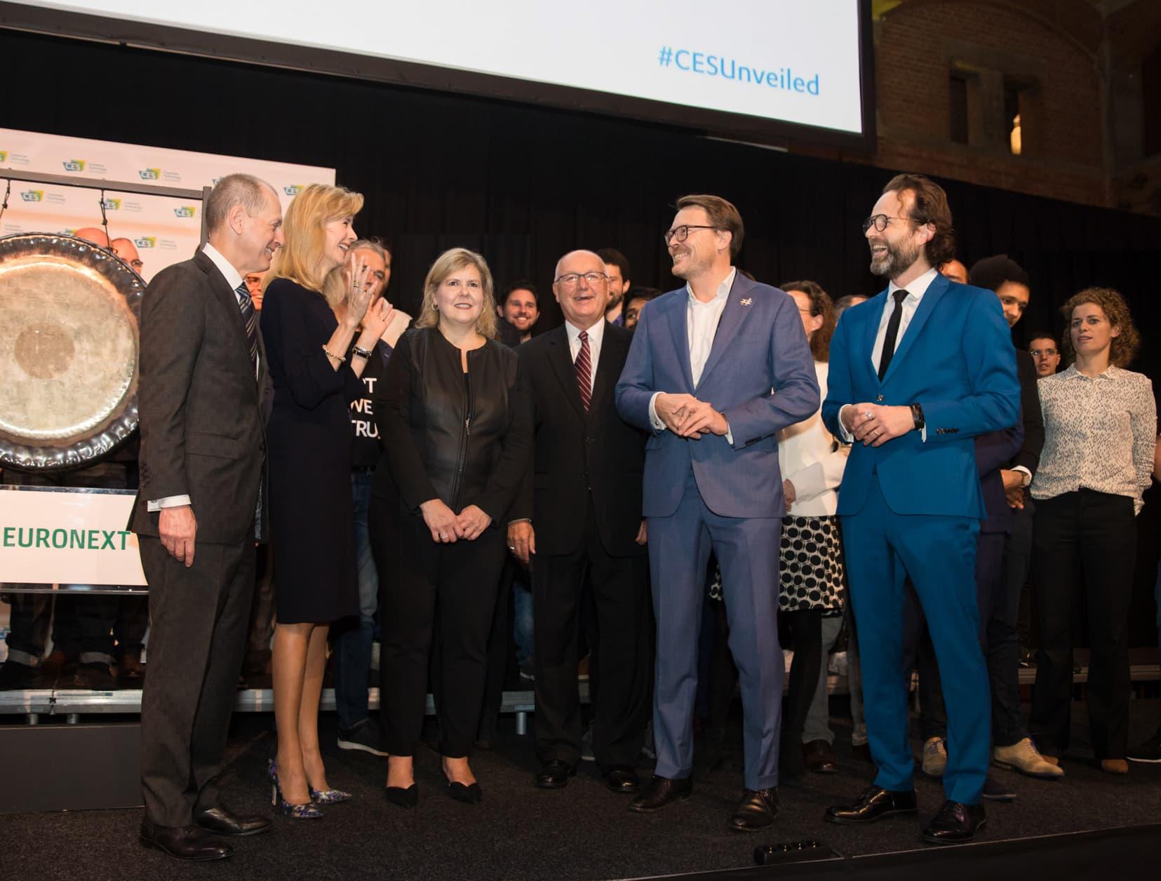 Podiumceremonie CES Unveiled
